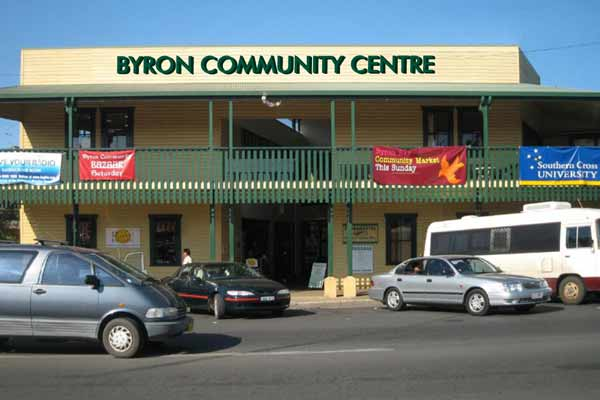 byron_community_outside1